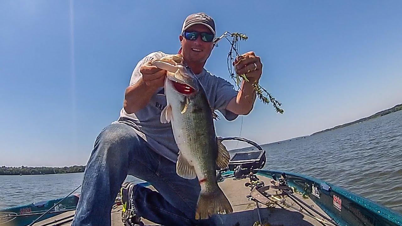 Clint brown smashes 18 pounds on lake seminole youtube for Lake seminole fishing