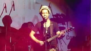Gulabi Aankhen Atif Aslam Live Concert in Pune Dated 14 Jul 2012