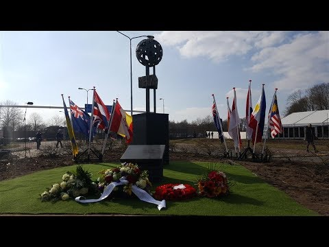 Monument MH17 in Eindhoven onthuld