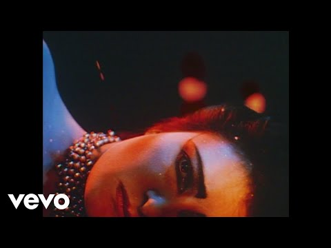 Siouxsie And The Banshees - Cities in Dust (Official Video)
