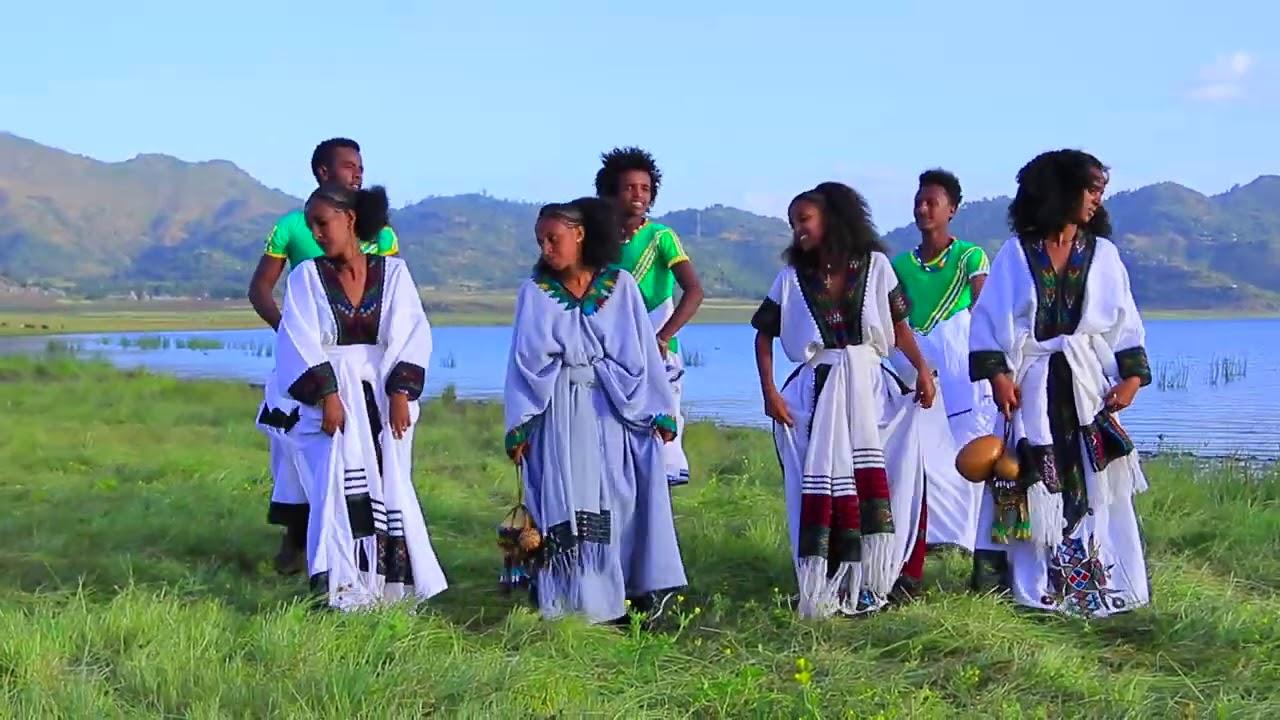 Dancing Rayetot in Lake Hashenge 2020