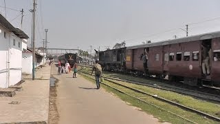 Barak Valley Exp. departs from Badarpur towards Lumding (Feb. 26, 2013)