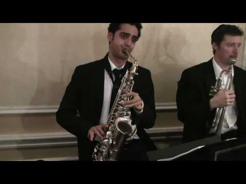 The Greatest Saxophonist In The Jewish Music Industry  Does A MINDBLOWING Solo With EvanAl Orchestra