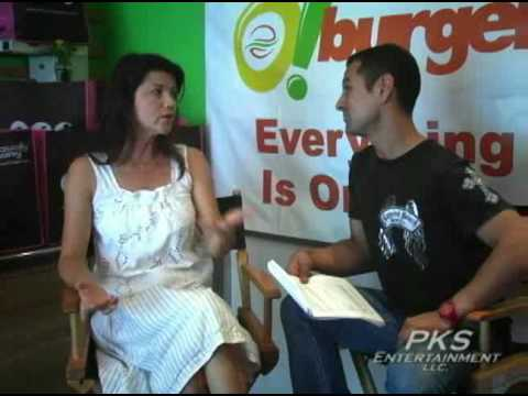 Naturally Savvy TV presents Daphne Zuniga