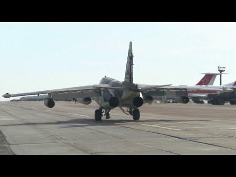 На Ставрополье ищут летчиков Су-25, который потерпел крушение в безлюдном районе.