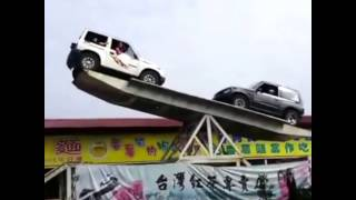 Two Cars Balancing Each Other Stunt Watch Viral