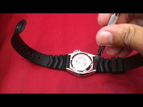 how to remove watch strap with spring bars exposed