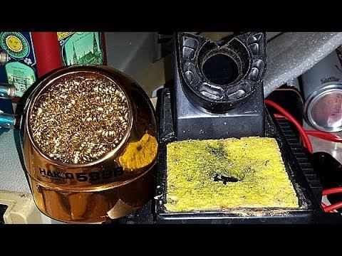 Clean your soldering iron: wet sponge or brass wool?