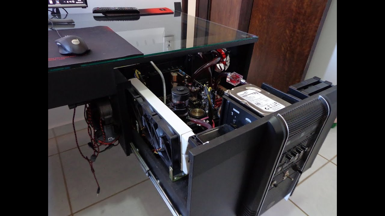 Casemod gabinete mesa novos detales custom gaming pc desk for Mesa de pc