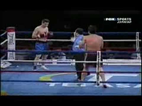 roberto gonzalez kick boxing