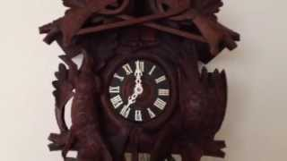 Musical Cuckoo Clock With Really Nice Sounding Music Box