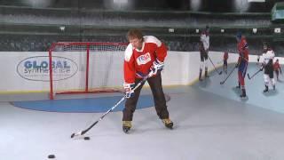 Урок хоккея на льду синтетическом льду Супер-Глайд