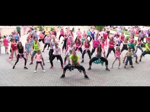 Atomic -Te De Campana - Dembow - Zumba fitness choreo by Claudiu Gutu