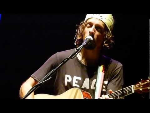 I Won't Give Up - Jason Mraz & Toca Rivera In Manila [HD]