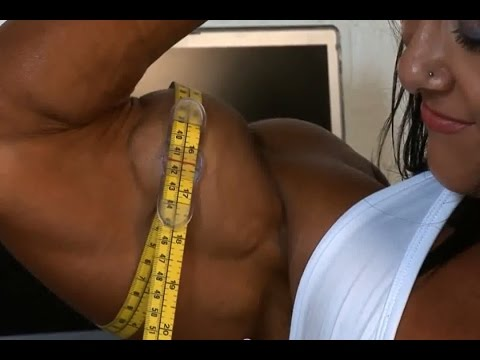 Top 10 Female Bodybuilders With 16+ Inches Biceps