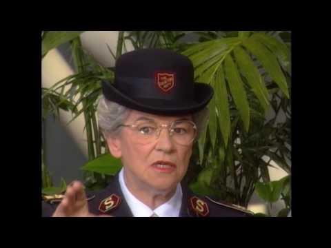 HOP1264 C General Eva Burrows Salvation Army