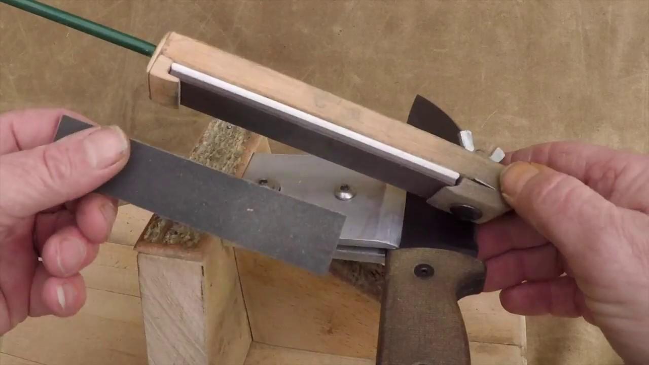 DIY knife sharpener - YouTube
