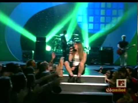 Avril Lavigne - Complicated Live VMA's Latin America 2002
