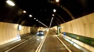 cu tirul prin Tunelul Mont Blanc (Monte Bianco)