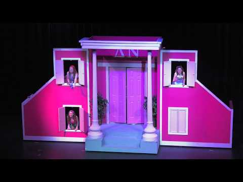 Legally Blonde The Musical Strath Haven High School  3.9-10.2019
