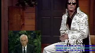 """Elvis Presley Found Alive & Quizzed by Johnny Carson on """"The Tonight Show"""" in 1988"""