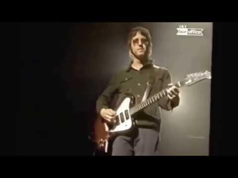 Oasis - Columbia Live (2001) Epic Performance
