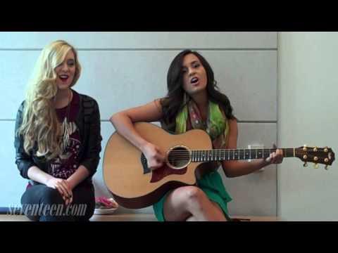Megan & Liz Acoustic performance
