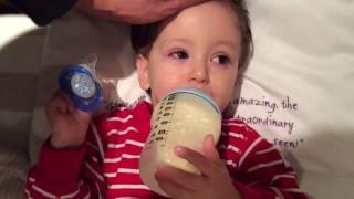 Conjunctivitis baby/toddler - chloramphenicol Eye Drops (1080p)