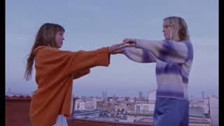 Смотреть клип Lewis Ofman - Las Bañistas