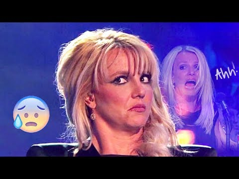 PROOF Britney Can't Sing Live Anymore in 2017! 😨