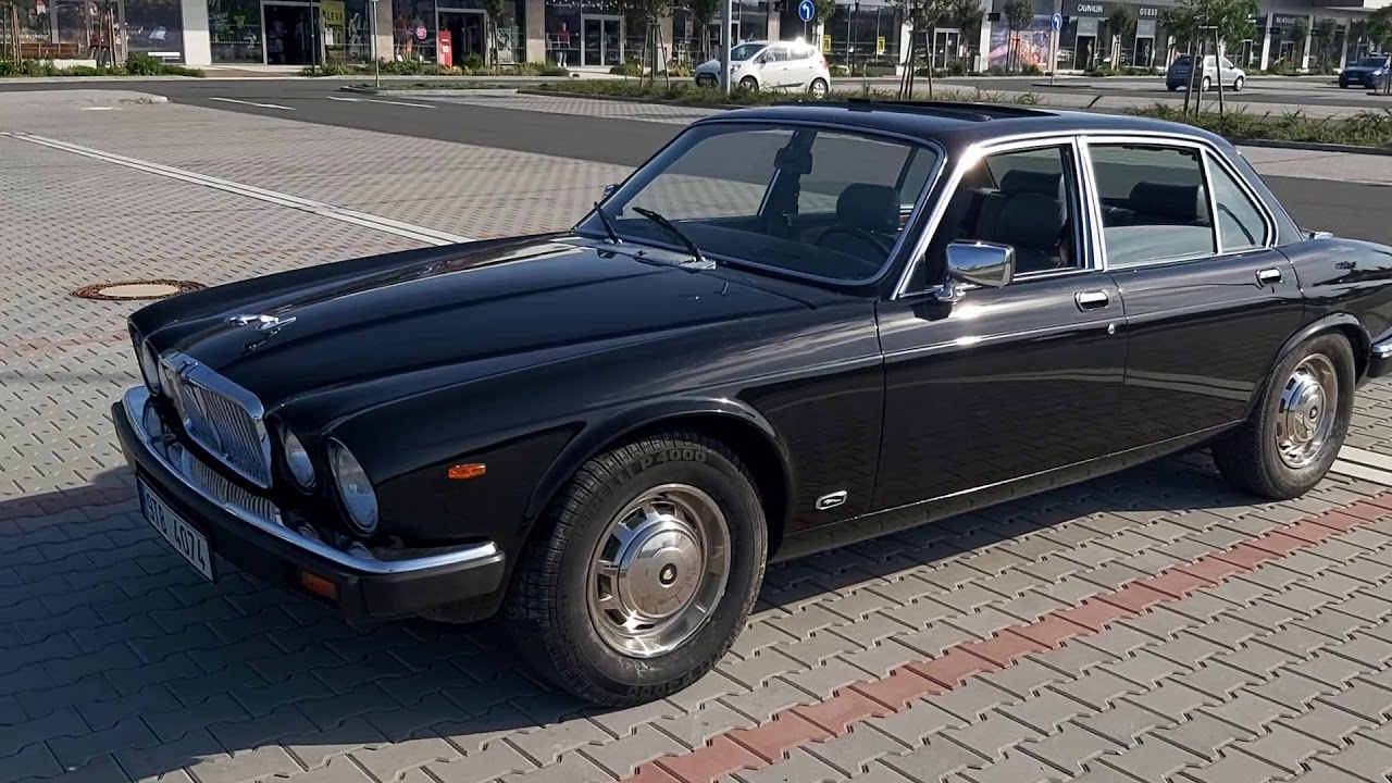 Jaguar xj12 1985 - YouTube