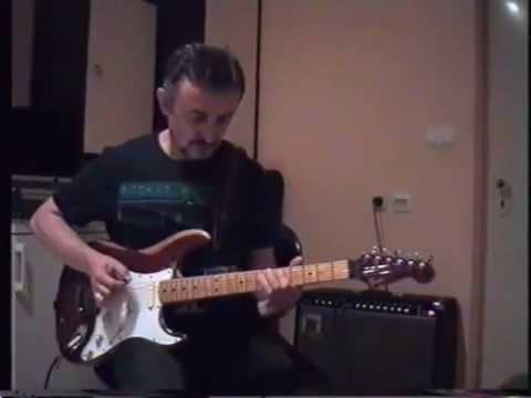 Fender The Strat - MusicMan HD130 -212