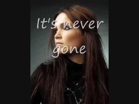 tarja Turunen  I walk alone lyrics
