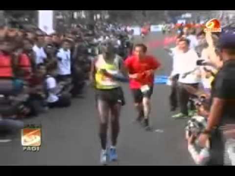 Jokowi Kejar Pemenang Marathon Ngakak YxlymCN Zzc