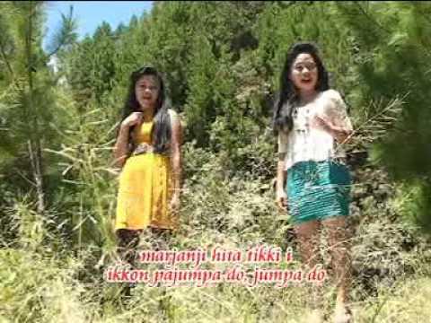 Simpang Opat Nelly & Desi  Pasaribu