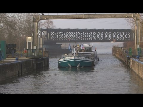 Transport fluvial : les autoroutes du futur ? - Tout Compte Fait #TCF