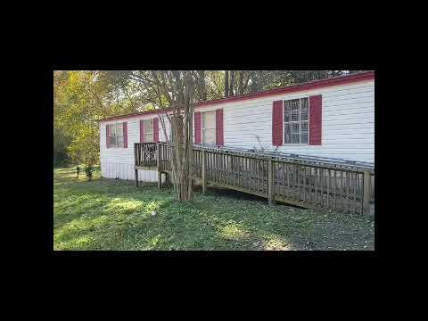 We Buy Houses Charleston - Walkthrough of a 3BD 2BA DWMH in Ladson