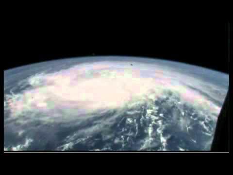 พายุเฮอริเคน ไอลีน ถ่ายจากดาวเทียม!