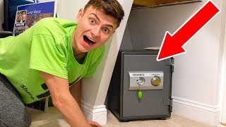 connectYoutube - I FOUND A SECRET HIDDEN SAFE!! (SUPER RARE FIND)