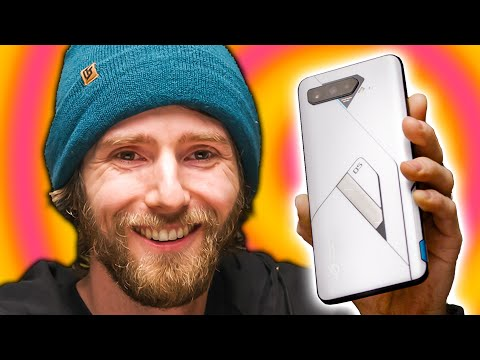I thought phone innovation was dead. - ASUS ROG Phone 5 Review