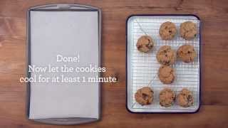 Vanishing Oatmeal Cookies | Quaker