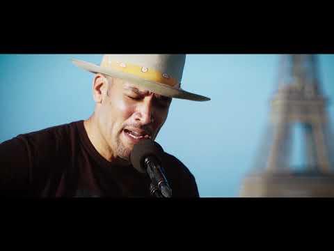 """LIVE SESSION - Ben Harper interprète """"Waiting on an Angel"""" sur le toit de la Maison de la Radio"""