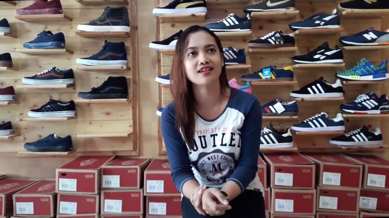 Sepatu Toko
