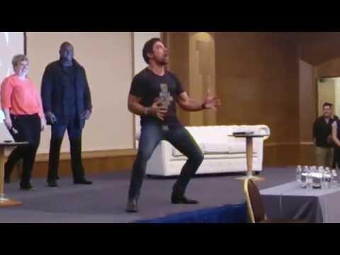 Manu Bennett's Haka  Spartacus Convention Sept. 2014