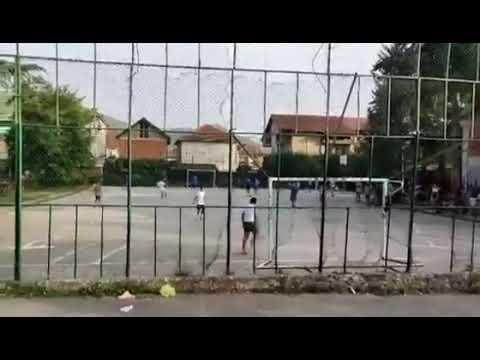 """Кој игра на училишното игралиште од О.У """"Христо Узунов""""?"""