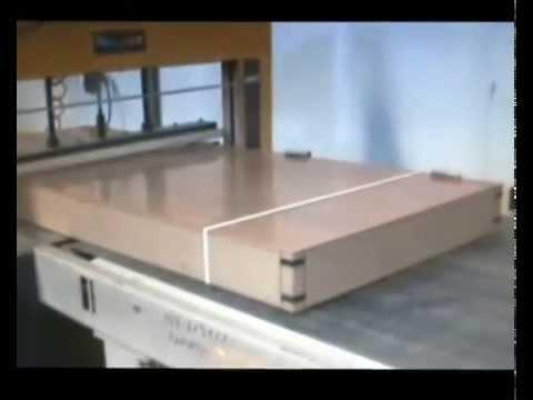 Linea de montaje para puertas en block youtube - Montaje de puertas ...