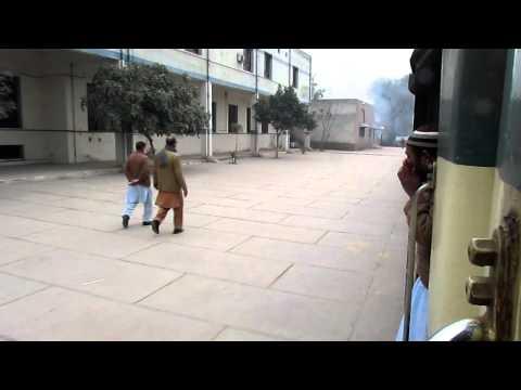 Peshawar:Train leaving peshawar saddar station