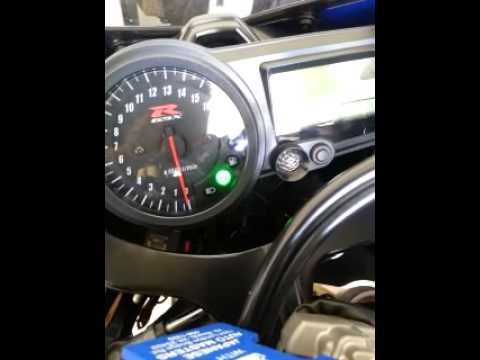 hqdefault 05 gsxr 600 gauges not working youtube 2006 gsxr 600 fuse box location at bakdesigns.co