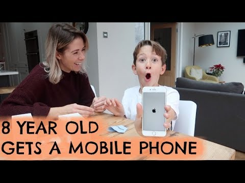 WE GOT OUR 8 YEAR OLD A MOBILE PHONE | WHY WE DID IT | KERRY WHELPDALE | AD