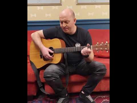 Бурунов - Поёт песню